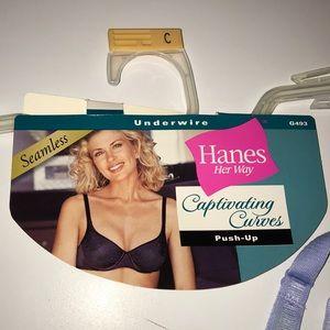 b7e9d3b0a0 Hanes Intimates   Sleepwear - Hanes Her Way Captivating Curves push-up Bra  36C
